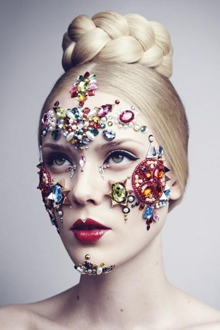 NK lanza un servicio exclusivo de maquillaje, con imágenes espectaculares