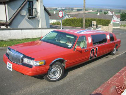 General Lee Limusina Lincoln Towncar