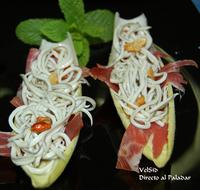Barquitas de jamón y gulas