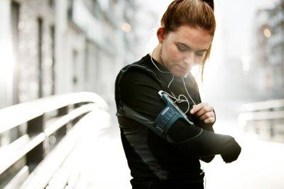 Los siete mejores gadgets para runners que quieren dejar el móvil en casa