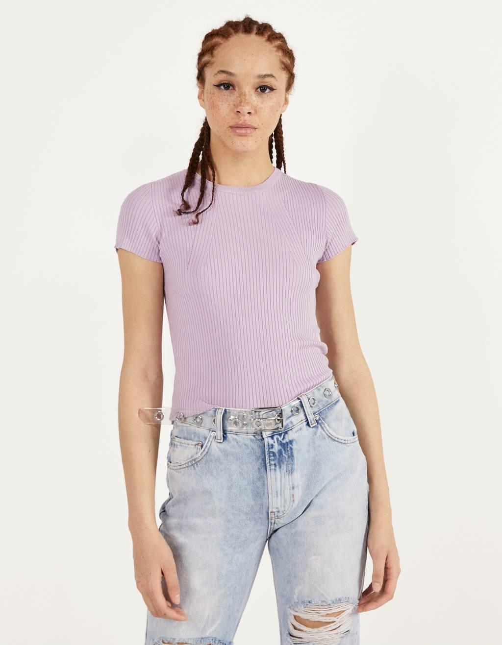 Camiseta de manga corta y canalé