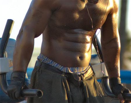 Las paralelas, una buena manera de entrenar pecho, tríceps y abdominales