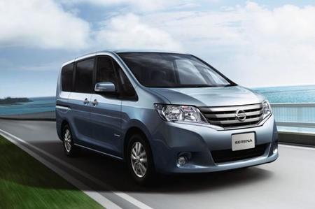 La electricidad para las luces de la nueva Nissan Serena S-hybrid proviene de los frenos