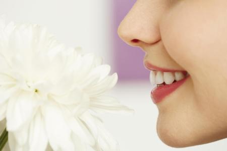 Si estás embarazada y notas que huele a húmedo, puede que no sea por tus hormonas