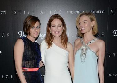 Las tres gracias son Kristen Stewart, Julianne Moore y Kate Bosworth