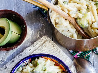 Pastas cremosas con brócoli. Receta fácil