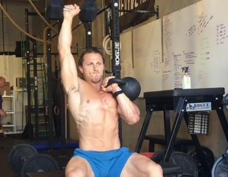 Filly press: el ejercicio que puede completar tu entrenamiento de hombros