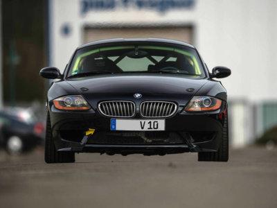 Este BMW Z4 lleva un V10 de 8.3 litros... y está a la venta