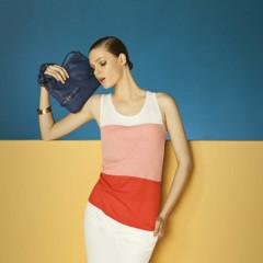 Foto 8 de 13 de la galería mas-color-y-estilo-casual-en-el-lookbook-de-mayo-de-massimo-dutti-primavera-verano-2011 en Trendencias