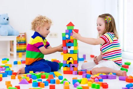 Juguetes recomendados para regalar en Navidad a niños de tres a cuatro años