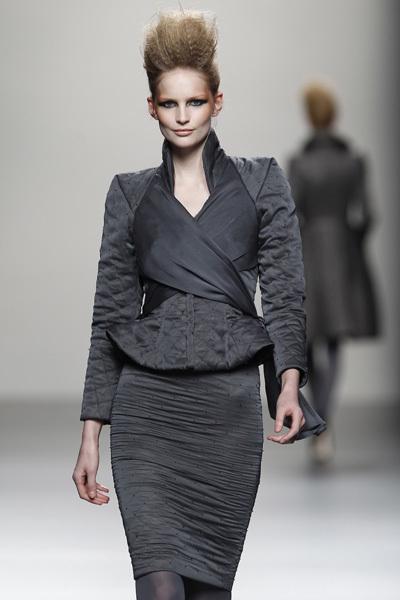 Foto de Juana Martín en la Cibeles Madrid Fashion Week Otoño-Invierno 2011/2012  (2/10)