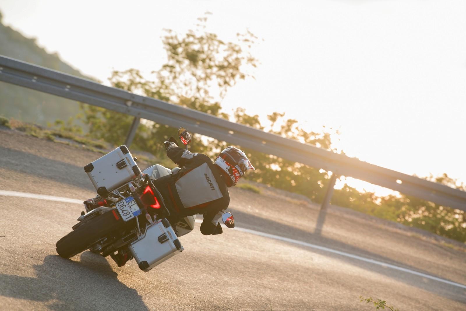 Foto de Ducati Multistrada 1260 Enduro 2019 (49/68)
