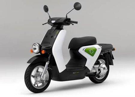 Honda empezará a comercializar en Japón su scooter eléctrico Honda Ev-neo