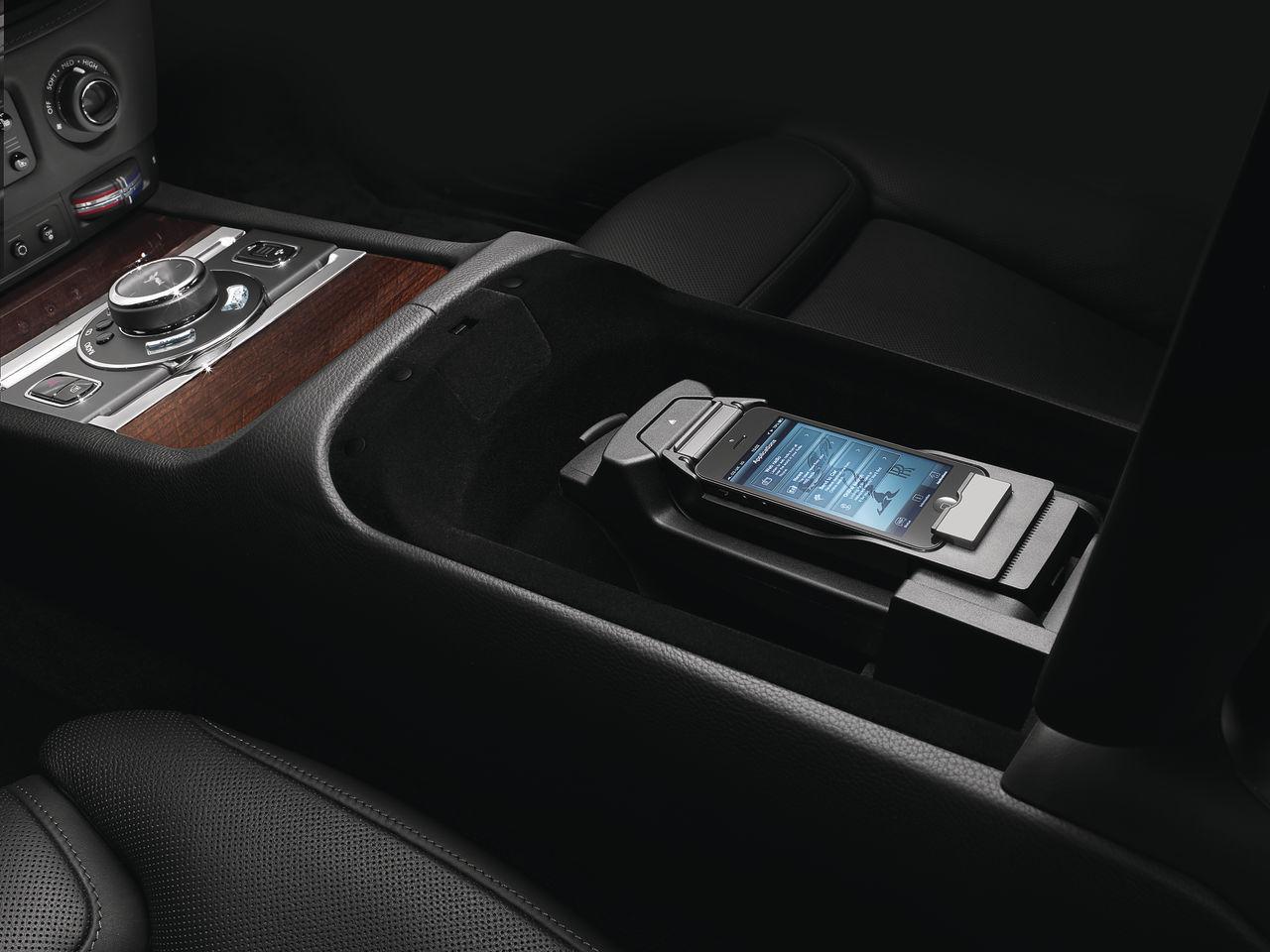 Foto de Rolls-Royce Ghost Series II (19/19)