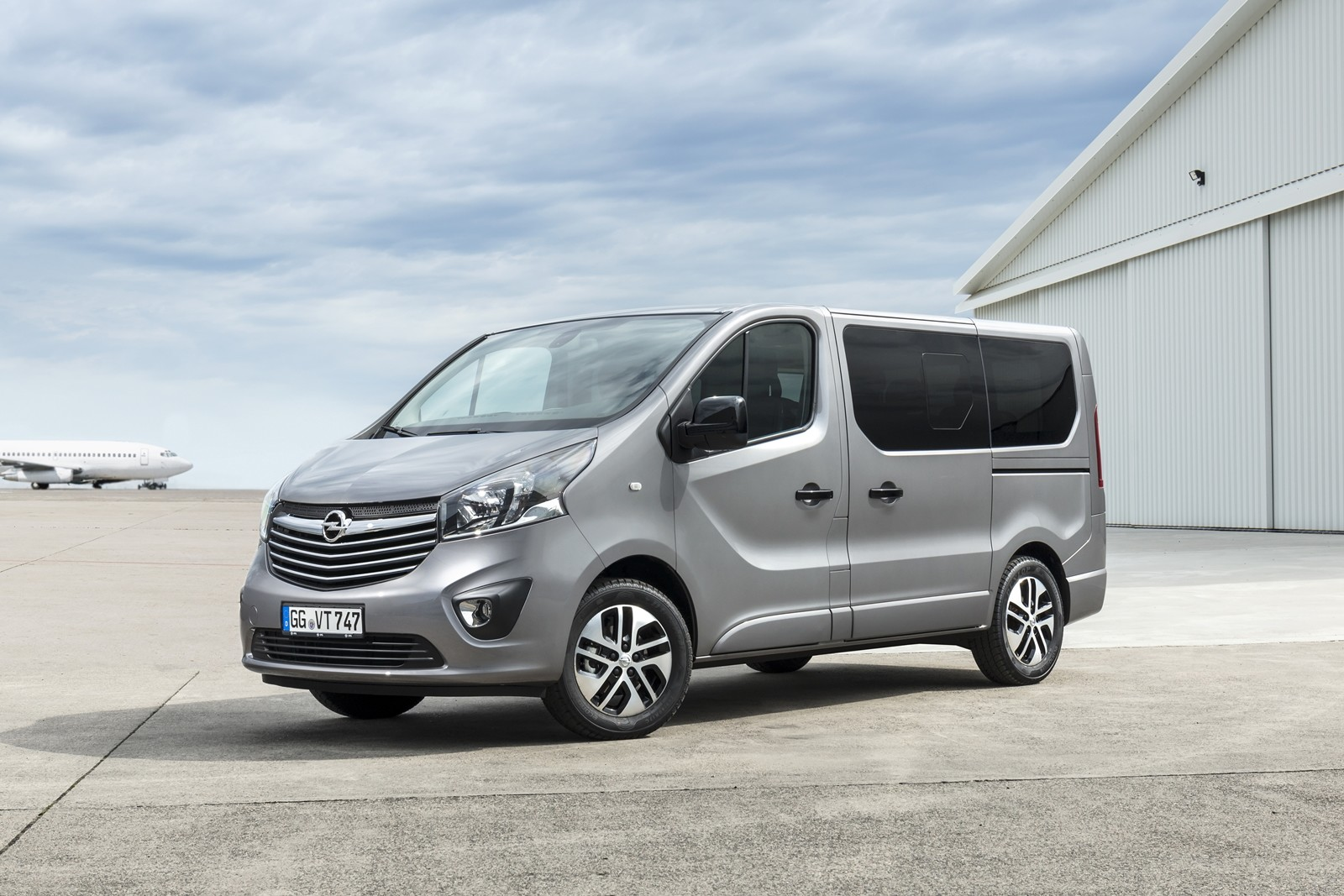 foto de opel vivaro life y tourer 2018 6 6. Black Bedroom Furniture Sets. Home Design Ideas