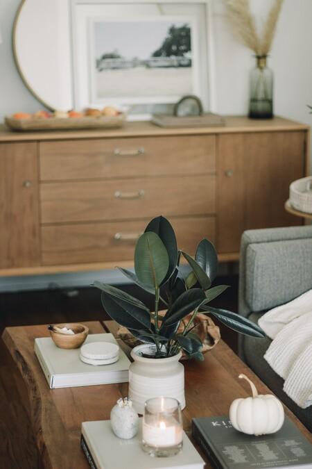 Cinco mesas bajas tan elegantes como versátiles para colocar frente al sofá