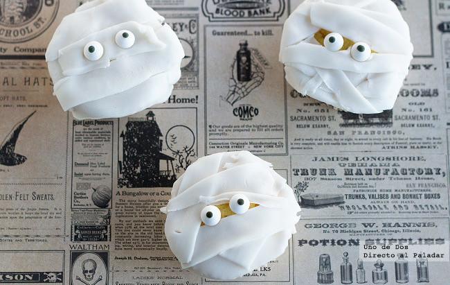 Cupcakes momia para Halloween. Receta