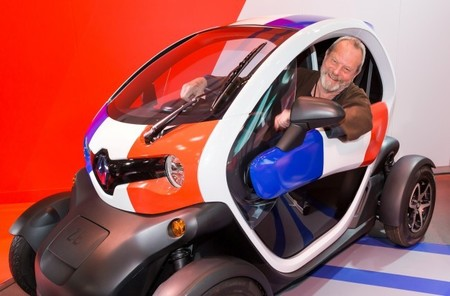 El Renault Twizy puebla la última película de Terry Gilliam, The Zero Theorem