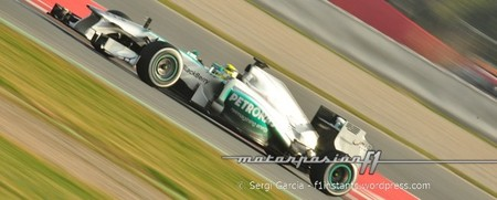 Nico Rosberg mantiene el mejor tiempo del día y de la semana