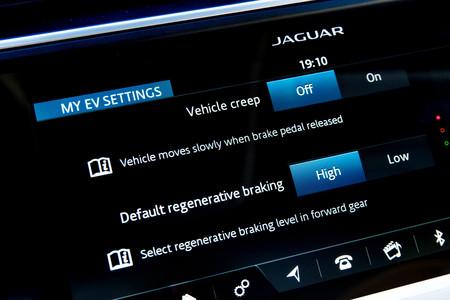 Jaguar I-PACE selector intensidad frenada regenerativa