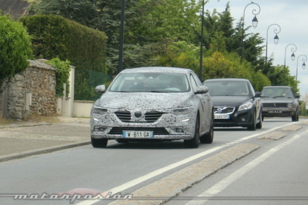Renault Talismán es el nombre que llevará la nueva berlina del segmento D