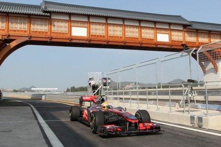 Gran Premio de Corea del Sur de Fórmula 1: Lewis Hamilton y McLaren golpean primero