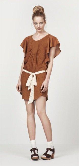 Zara, nuevo lookbook para el Verano 2010: tierra