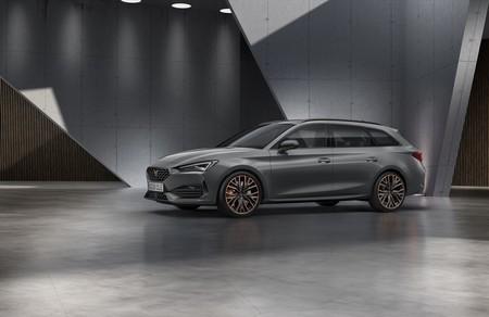 El nuevo SEAT CUPRA León es oficial: el deportivo compacto de SEAT llega con versión híbrida enchufable con 245 CV de potencia