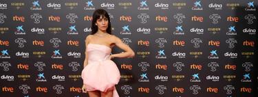 Hiba Abouk luce un vestido de Alta Costura de Giambattista Valli en rosa palo en los Premios Goya 2021