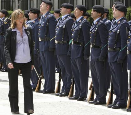La baja maternal de la ministra de Defensa