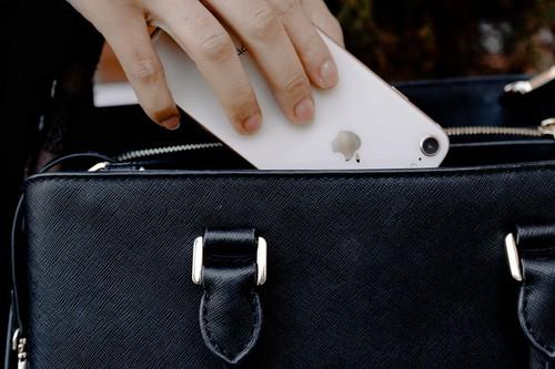 12 bolsos de lujo para llevarlo todo y a todas horas rebajadísimos en El Corte Inglés: DKNY, Ralph Lauren o Desigual más baratos