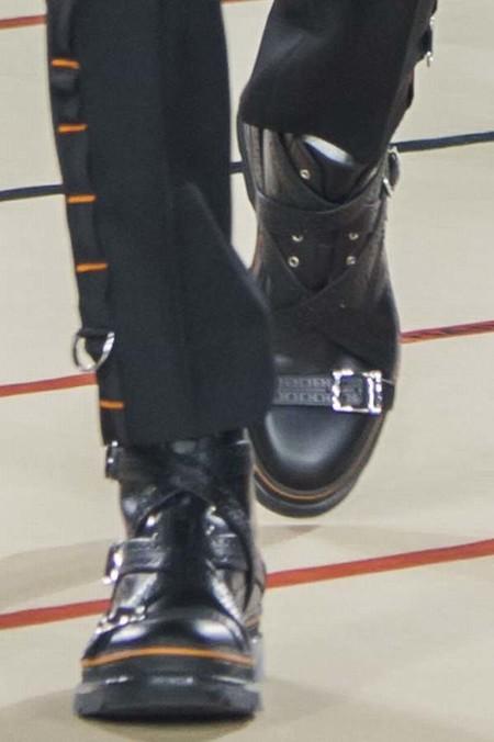 La bota punk, de Dior