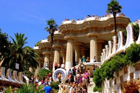 Según Airbnb su impacto en Barcelona es de 128 millones de euros y 4.310 puestos de trabajo