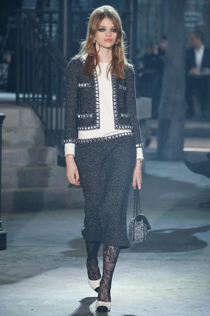 Foto de Colección Chanel Métiers d'Art 2016 (12/80)