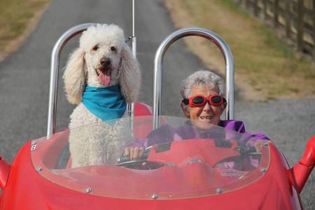 La historia de la mujer de 91 años que eligió viajar en lugar de tratarse contra el cáncer