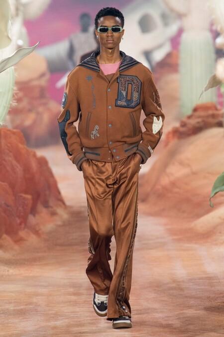 Dior Men Summer 2022 Runway Looks 30