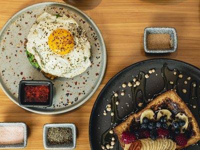Camomila: un restaurante que todo el día sirve desayunos pecaminosos y saludables