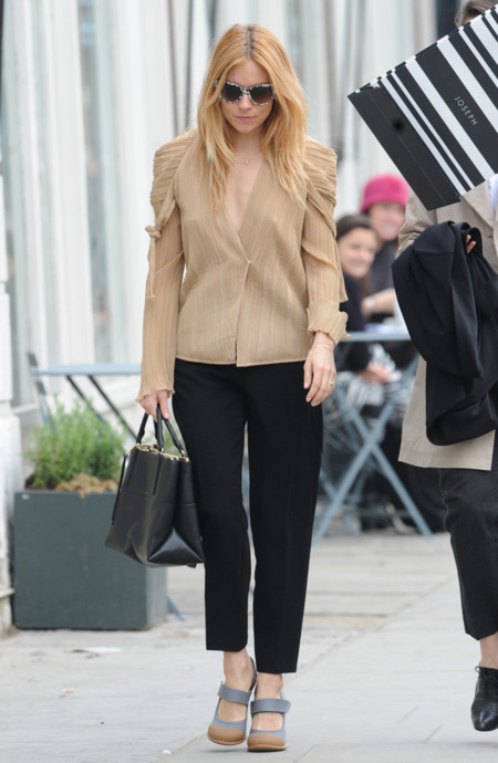 Sienna Miller look calle