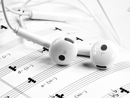 En Musopen puedes descargar grabaciones, partituras y libros de música completamente gratis y de uso libre