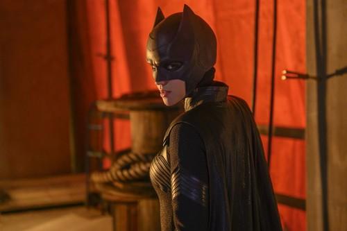 'Batwoman', crítica: La nueva heroína DC de The CW es tan disfrutable como sus compañeras de canal, pero no tan enloquecida