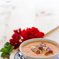 Plántale cara al calor con esta refrescante receta de salmorejo cordobés