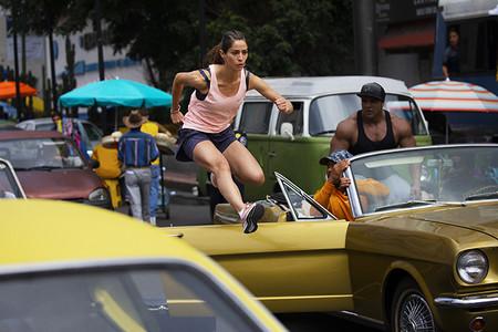 Juntas Imparables Nike Paola Moran