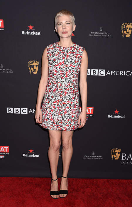 tea party bafta alfombra roja Michelle Williams