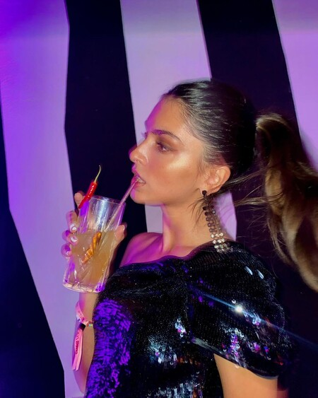 Los pendientes, mejor XL: siete modelos para el día y la noche tan espectaculares como los de Lucía Rivera