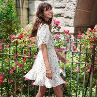 El verano no ha acabado y H&M pretende seguir conquistándonos con su colección de vestidos