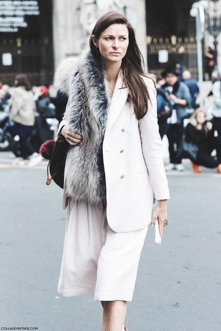 Paris Fashion Week Fall Winter 2015 Street Style Pfw Fur Scarf Stella Mccartney 790x1185