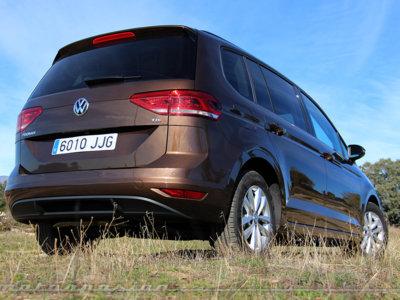 Conducimos el nuevo Touran con una mecánica muy justita, ¿quieres consumo o prestaciones?