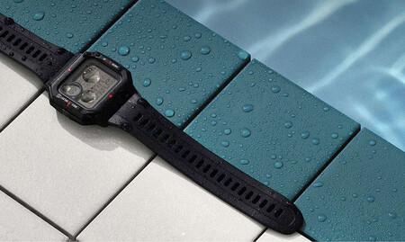 Este smartwatch luce como los míticos Casio y está rebajadísimo en Media Markt y PcComponentes: Amazfit Neo por menos de 30 euros
