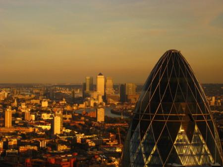 El Banco de Inglaterra baja los tipos de interés, ¿servirá de algo?