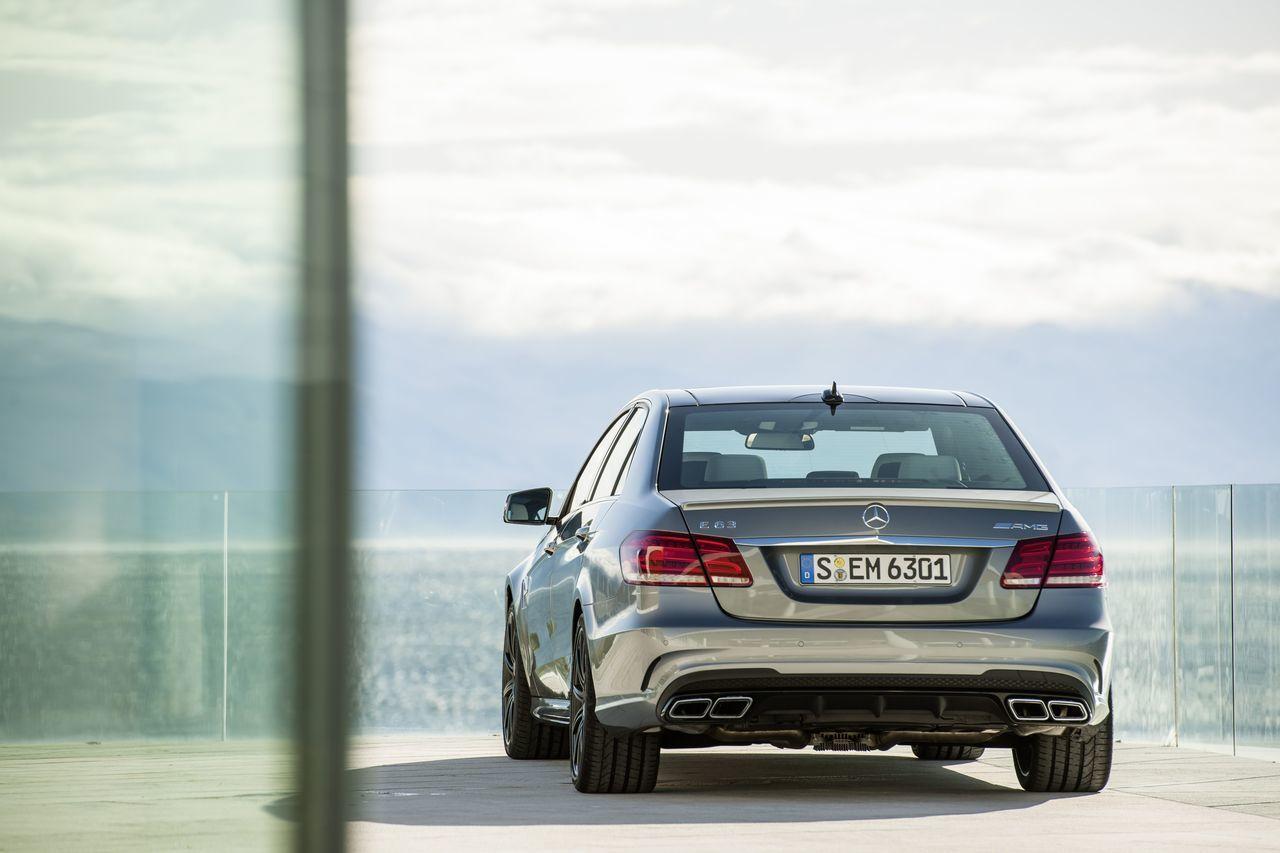 Foto de Mercedes-Benz E 63 AMG 2013 (5/31)